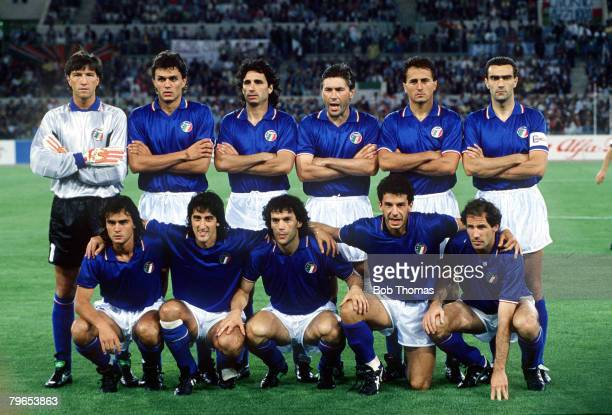 World Cup Finals Rome Italy 9th June Italy 1 v Austria 0 Italy pose for a team group before the match