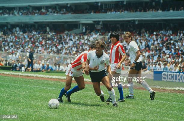 World Cup Finals Second Phase Azteca Stadium Mexico 18th June England 3 v Paraguay 0 England's Kenny Sansom battles for the ball with Paraguay's...