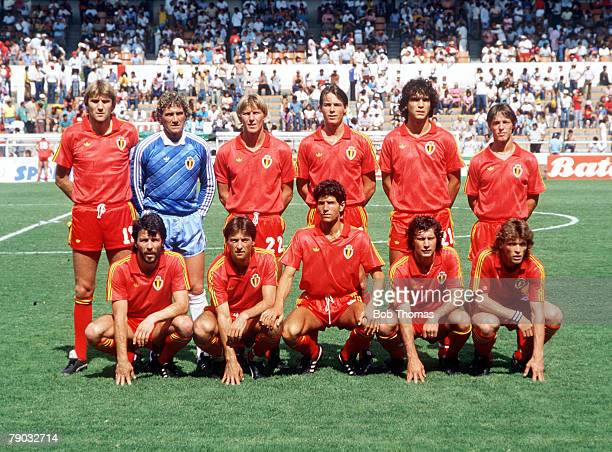 World Cup Finals Second Phase Leon Mexico 15th June Belgium 4 v USSR 3 Belgium pose for a team group before the match