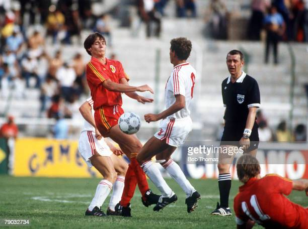 World Cup Finals Second Phase Leon Mexico 15th June Belgium 4 v USSR 3 Belgium's George Grun challenges USSR's Yakovenko for the ball