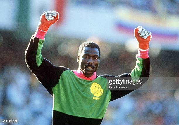 World Cup Finals Second Phase Naples Italy 23rd June Cameroon 2 v Colombia 1 Cameroon goalkeeper Thomas N' Kono celebrates