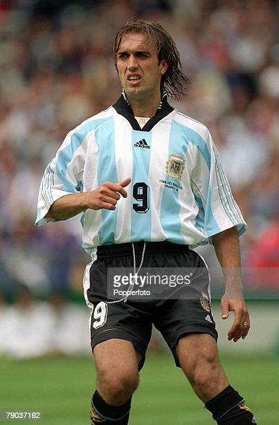 World Cup Finals Toulouse France 14th June Argentina 1 v Japan 0 Argentina's Gabriel Batistuta