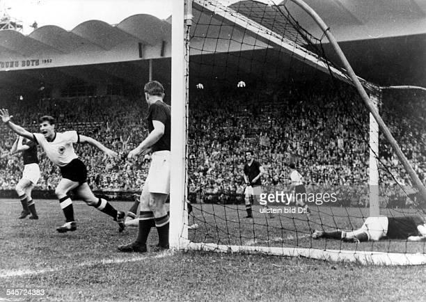 1954 FIFA World Cup in Switzerland Final before 65000 spectators in Bern's Wankdorf Stadium Germany 3 2 Hungary Hans Schaefer celebrating the 2 2...