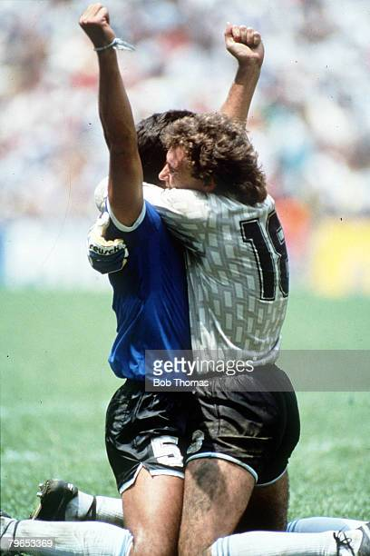 World Cup Quarter Final Azteca Stadium Mexico 22nd June Argentina 2 v England 1 Argentina's goalkeeper Nery Pumpido celebrates victory with teammate...