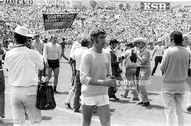 World Cup QuarterFinal Leon Mexico England 2 v West Germany 3 14th June England's goalkeeper Peter Bonetti walks dejectedly off the pitch after the...