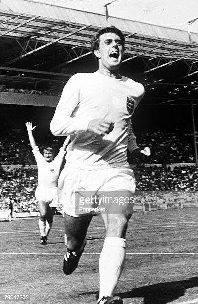 World Cup QuarterFinal Wembley Stadium London England England 1 v Argentina 0 23rd July England striker Geoff Hurst celebrates after scoring a headed...