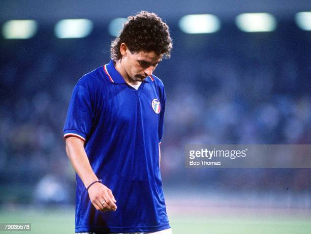 World Cup Semi Final Naples Italy 3rd July Italy 1 v Argentina 1 Italy's Roberto Baggio walks off the pitch dejected as Italy are eliminated from the...