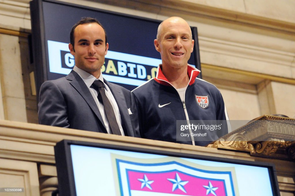U.S. World Cup Star <a gi-track='captionPersonalityLinkClicked' href=/galleries/search?phrase=Landon+Donovan&family=editorial&specificpeople=171601 ng-click='$event.stopPropagation()'>Landon Donovan</a> (L) and U.S. Men's Natonal Team Coach <a gi-track='captionPersonalityLinkClicked' href=/galleries/search?phrase=Bob+Bradley&family=editorial&specificpeople=685515 ng-click='$event.stopPropagation()'>Bob Bradley</a> ring the closing bell at the New York Stock Exchange on June 30, 2010 in New York City.