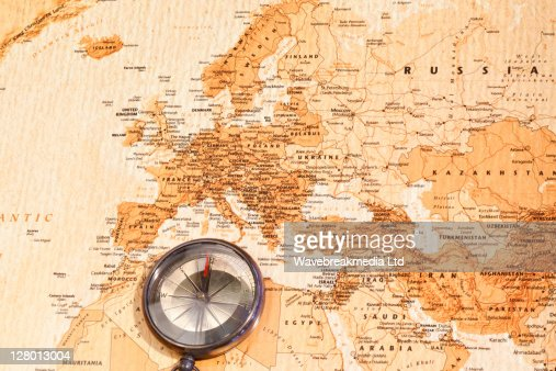 World map with compass showing Europe and the Middle East : Foto de stock