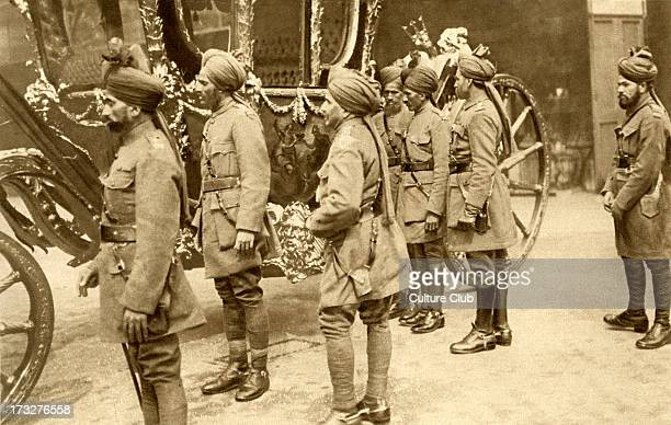 Indian cavalry soldiers in London following their reception with George V April 1916 Viewing the state coach