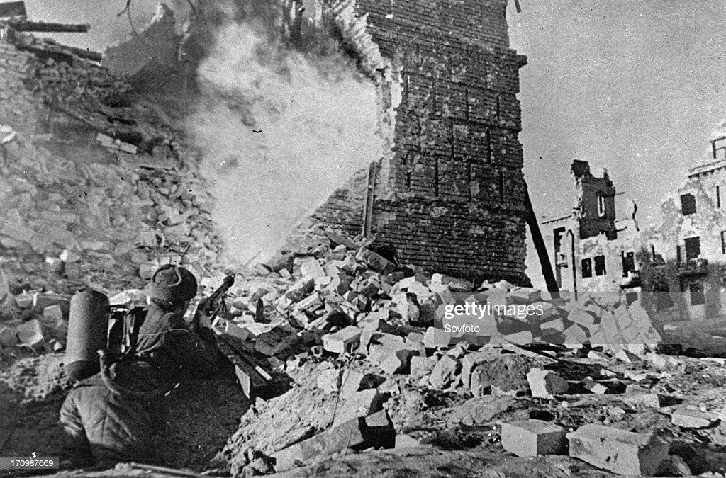 World war 2 battle of stalingrad soviet flamethrower dislodging germans