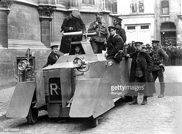 World War I English front English armored car late 1914