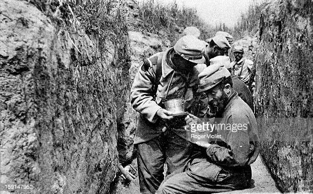 World War I French soldiers in their trench 19141915