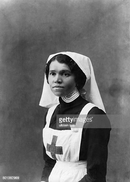 World War I Russian army medical services nurse of the Russian Red Cross probably in 1915
