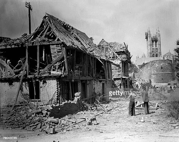 circa 1944 The picture shows houses badly damaged by German bombs close to the historic Canterbury Cathedral in Kent