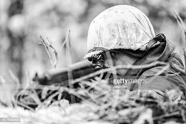 Monde Guerre II ennemi feu devant la ligne