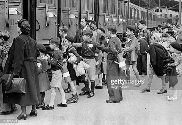 World War II Evacuated children at the gare d'Austerlitz Paris on August 31 1939