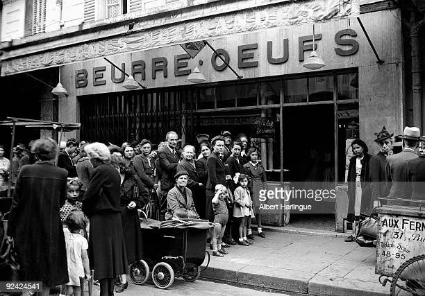 World War II Queue in front of a dairy shop during the Occupation in Paris