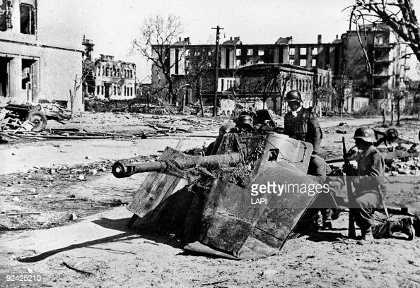 World War II Russian front Street fight in Stalingrad October 1942