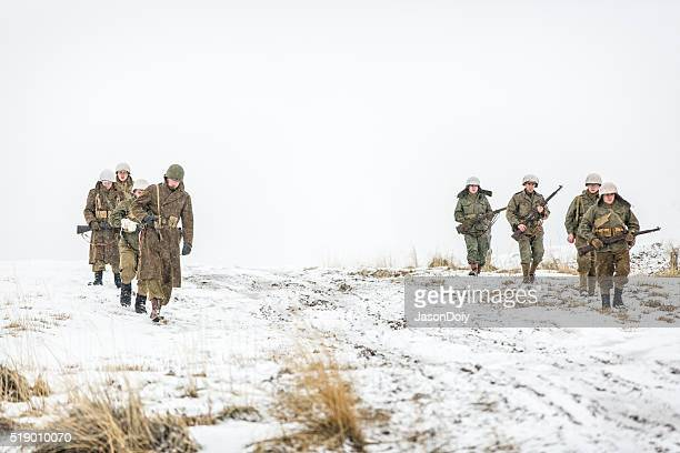 第二次世界大戦の兵士雪の中