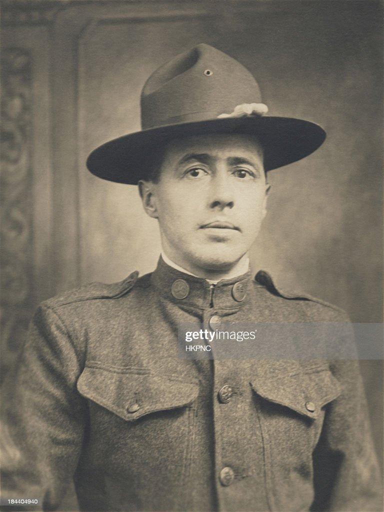 Sacs de paquetage de la Première Guerre mondiale, un, Portrait de nous militaires soldat : Photo