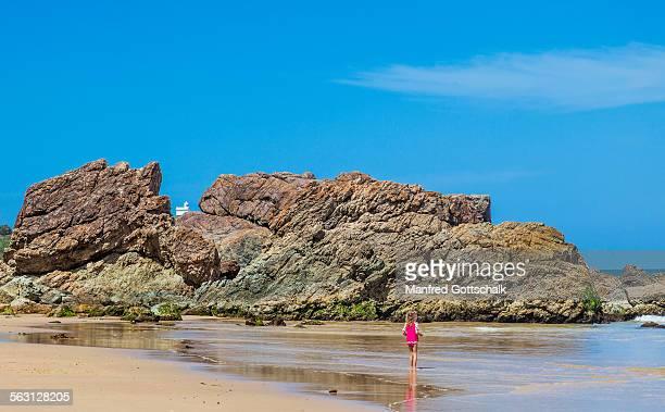 Wotonga Rocks Lighthouse Beach