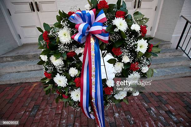 A wreath is laid by US National Park Service at the front steps of Ford�s Theatre to mark the 201st birthday of US President Abraham Lincoln February...