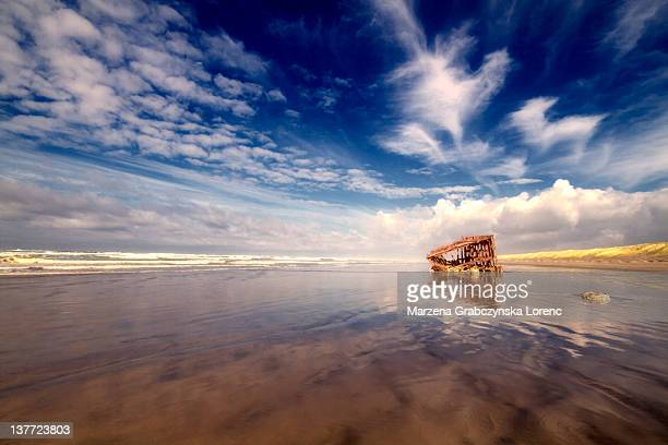 Wreck of ship on Oregon coast