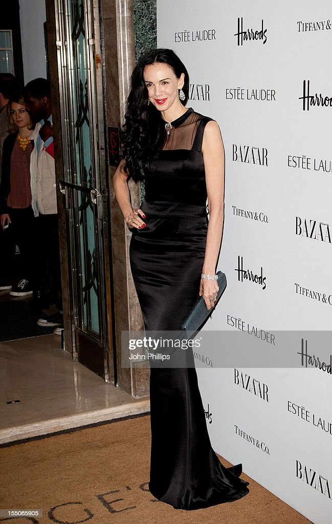 <a gi-track='captionPersonalityLinkClicked' href=/galleries/search?phrase=L%27Wren+Scott+-+Fashion+Designer&family=editorial&specificpeople=566708 ng-click='$event.stopPropagation()'>L'Wren Scott</a> attends the Harper's Bazaar Woman of the Year Awards at Claridge's Hotel on October 31, 2012 in London, England.