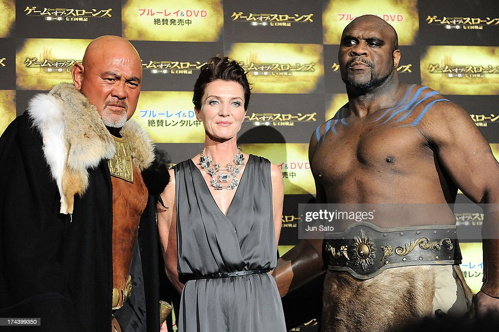 Wrestler Keiji Muto, Actress <a gi-track='captionPersonalityLinkClicked' href=/galleries/search?phrase=Michelle+Fairley&family=editorial&specificpeople=5745645 ng-click='$event.stopPropagation()'>Michelle Fairley</a> and Kickboxer and actor <a gi-track='captionPersonalityLinkClicked' href=/galleries/search?phrase=Bob+Sapp&family=editorial&specificpeople=2376165 ng-click='$event.stopPropagation()'>Bob Sapp</a> attend the 'Game of Thrones' stage greeting at Toho Cinemas Roppongi Hills on July 25, 2013 in Tokyo, Japan.