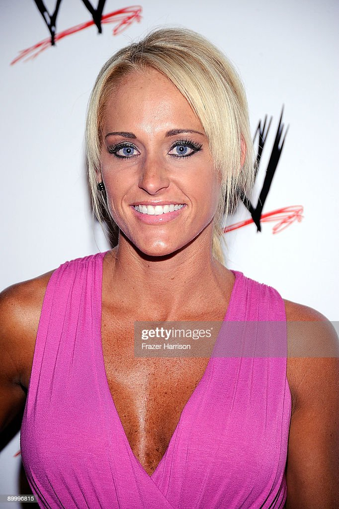 Wrestler Michelle McCool arrives at the WWE's SummerSlam Kickoff Party at H-Wood Club on August 21, 2009 in Hollywood, California.