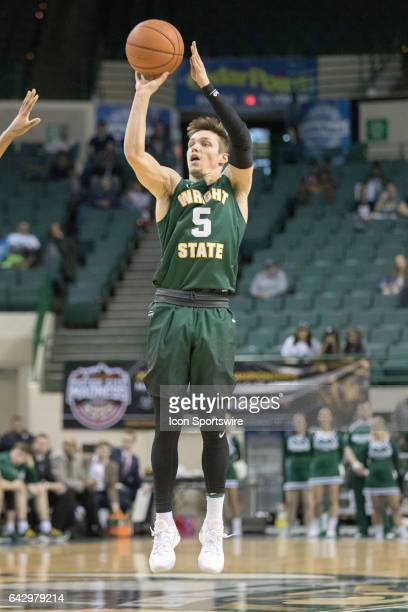 Wright State Raiders G Mike La Tulip shoots during the second half of the men's college basketball game between the Wright State Raiders and...