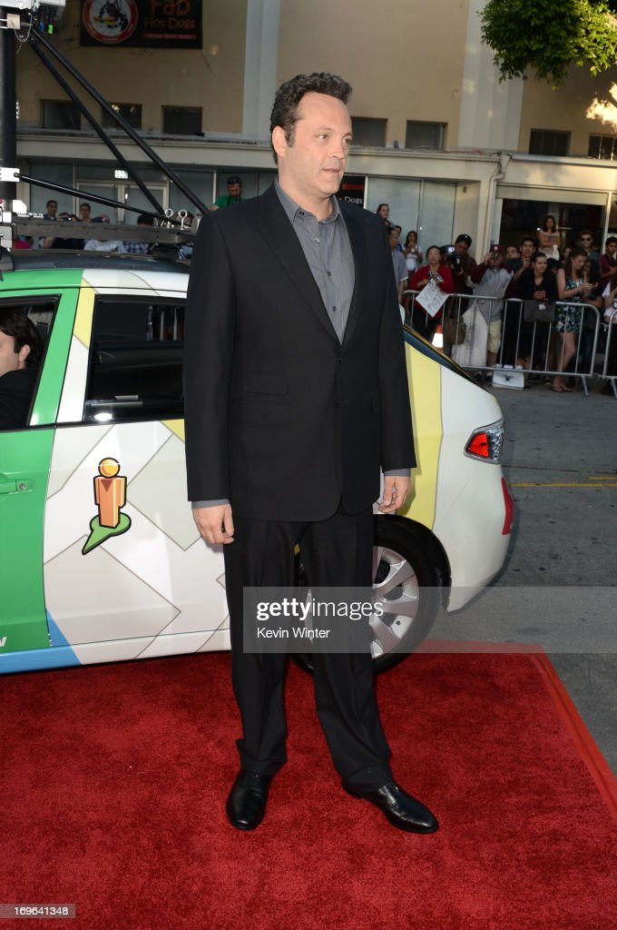 Writer/ actor <a gi-track='captionPersonalityLinkClicked' href=/galleries/search?phrase=Vince+Vaughn&family=editorial&specificpeople=182440 ng-click='$event.stopPropagation()'>Vince Vaughn</a> arrives at the premiere of Twentieth Century Fox's 'The Internship' at Regency Village Theatre on May 29, 2013 in Westwood, California.