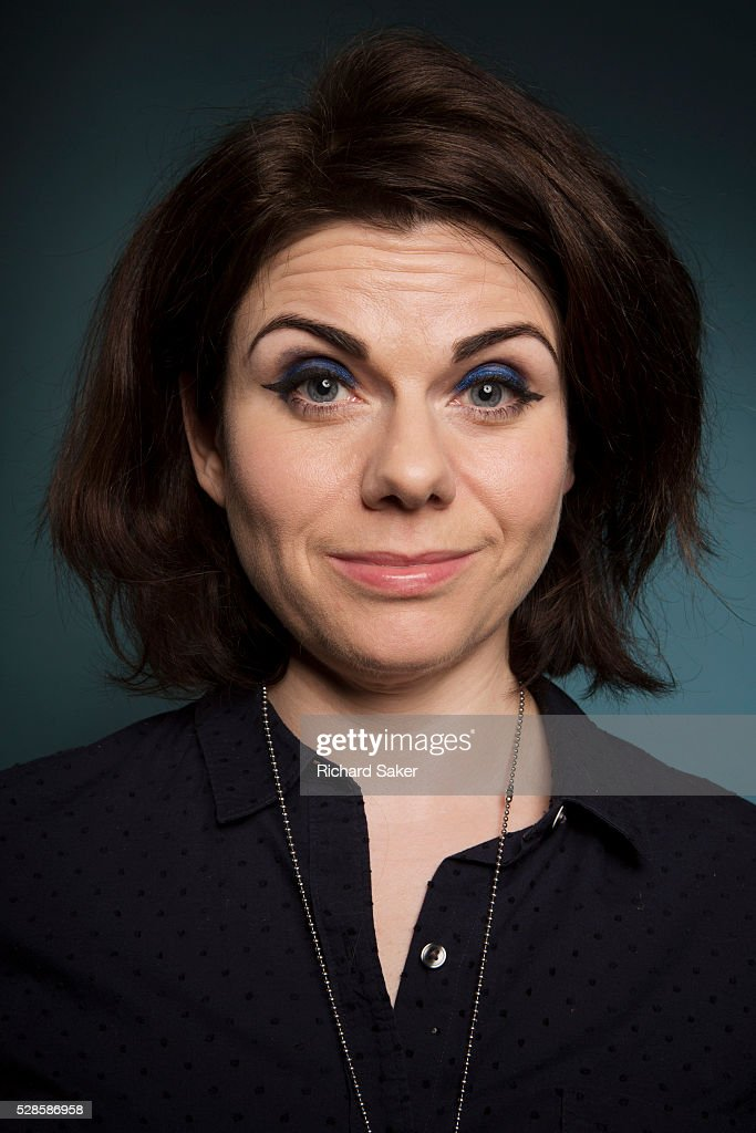 Caitlin Moran Nude Photos 24