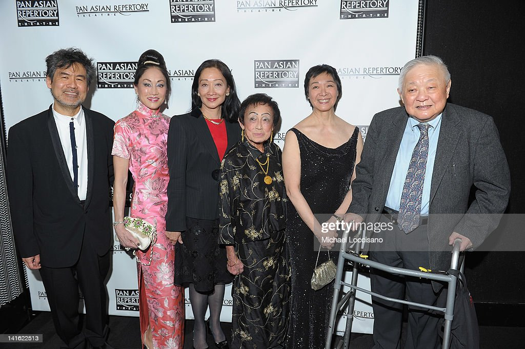 Writer David Henry Hwang, Lucia Hwong Gordon, Tina Chen, honoree Dr. Patricia E. Taylor, Producing Artistic Director of Pan Asian Repertory Theatre Tisa Chang and set designer Ming Cho Lee attend 'Legacy And Homecoming' the Pan Asian Repertory's 35th Anniversary Gala at The Edison Ballroom on March 19, 2012 in New York City.