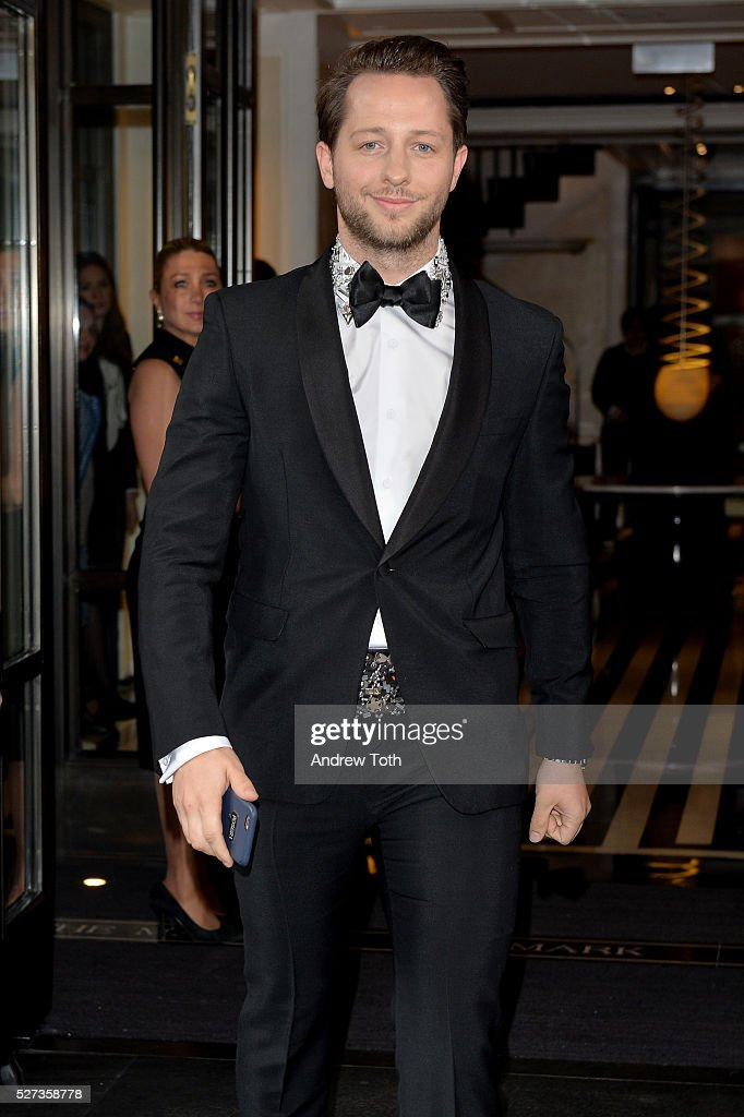 Writer Derek Blasberg leaves from The Mark Hotel for the 2016 'Manus x Machina: Fashion in an Age of Technology' Met Gala on May 2, 2016 in New York City.