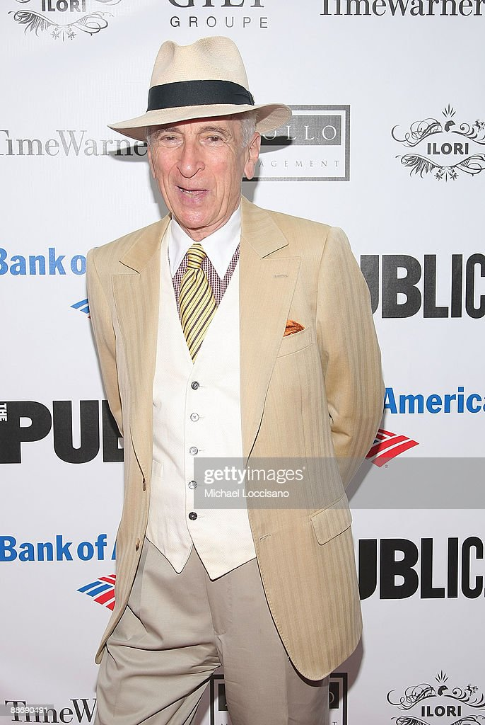 Writer Gay Talese attends the 2009 Shakespeare in the Park opening night gala performance of 'Twelfth Night' at the Delacorte Theater on June 25, 2009 in New York City.
