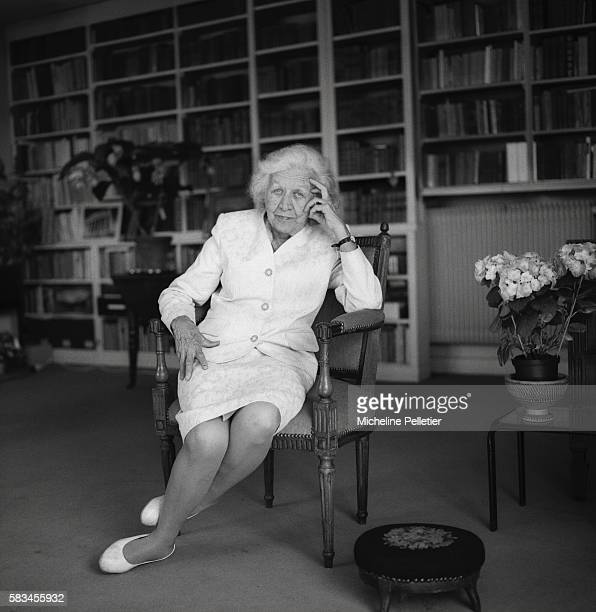 Writers pictures and photos getty images - Bibliotheque jacqueline de romilly ...