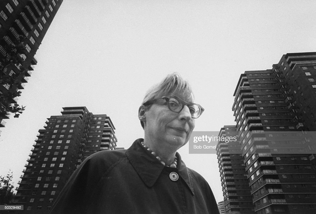 Writer <a gi-track='captionPersonalityLinkClicked' href=/galleries/search?phrase=Jane+Jacobs&family=editorial&specificpeople=1014340 ng-click='$event.stopPropagation()'>Jane Jacobs</a> walking on streets of New York.