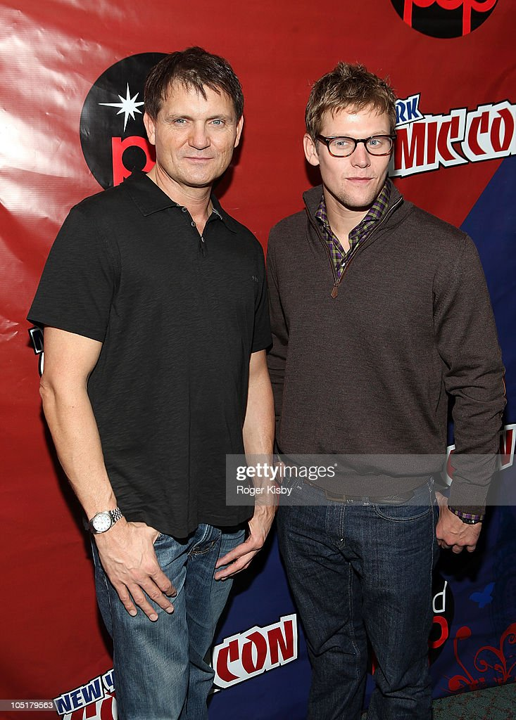 Writer Kevin Williamson (L) and actor Zach Roerig attend The Vampire Diaries panel at the 2010 New York Comic Con at the Jacob Javitz Center on October 10, 2010 in New York City.