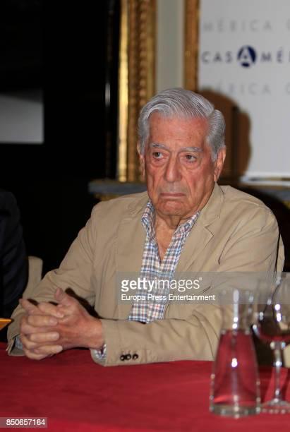 Writer Mario Vargas Llosa attend the 'Conversacion en Princeton' press conference at Casa de America on September 20 2017 in Madrid Spain