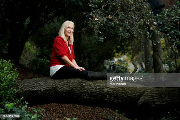 Writer Marti Noxon is photographed for Los Angeles Times on January 13 2017 in Los Angeles California PUBLISHED IMAGE CREDIT MUST READ Mel Melcon/Los...