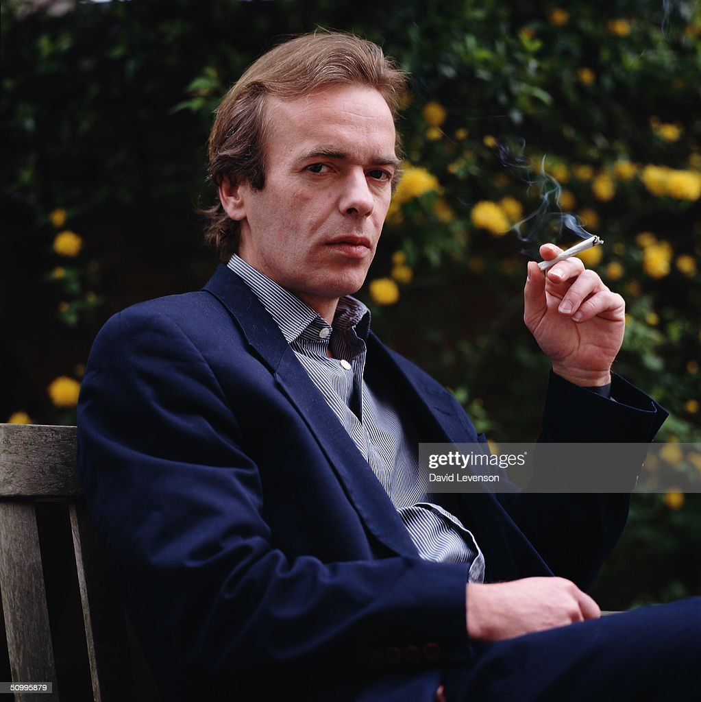 martin amis essays Postmodern elements in martin amis three novels english literature essay  necessarily reflect the views of uk essays  martin amis is among the postmodern .