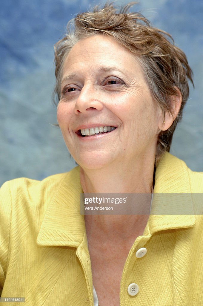 naomi foner gyllenhaal photo