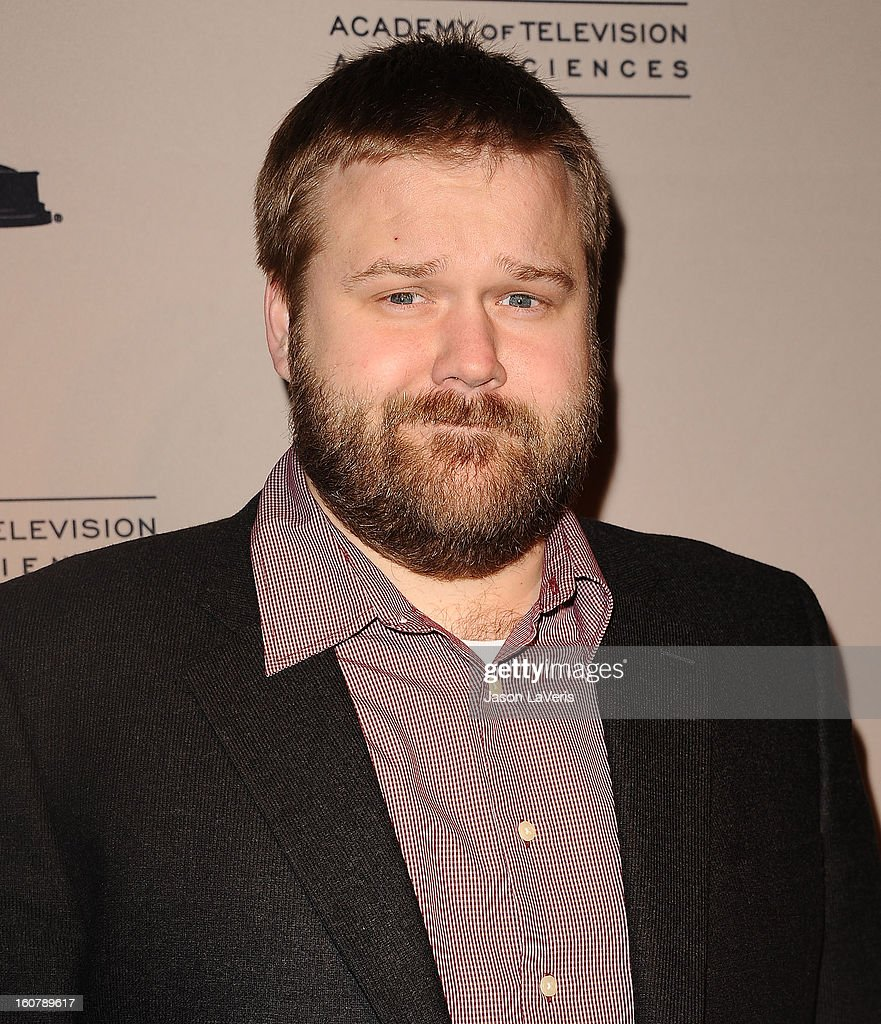 Writer <a gi-track='captionPersonalityLinkClicked' href=/galleries/search?phrase=Robert+Kirkman&family=editorial&specificpeople=3951162 ng-click='$event.stopPropagation()'>Robert Kirkman</a> attends an evening with 'The Walking Dead' at Leonard H. Goldenson Theatre on February 5, 2013 in North Hollywood, California.