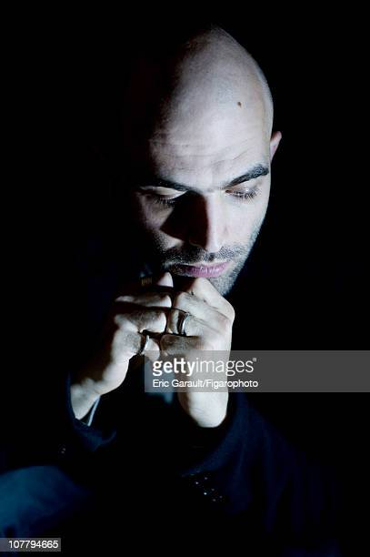 Writer Roberto Saviano poses at a photo shoot for Le Figaro on May 2 2009 in Paris France Figaro ID 084422018 CREDIT MUST READ Eric...