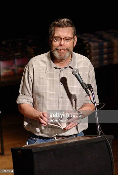 Writer Stephen King attends a benefit reading for Frank Muller at Town Hall February 2 2002 in New York City Actor and audiobook narrator Frank...