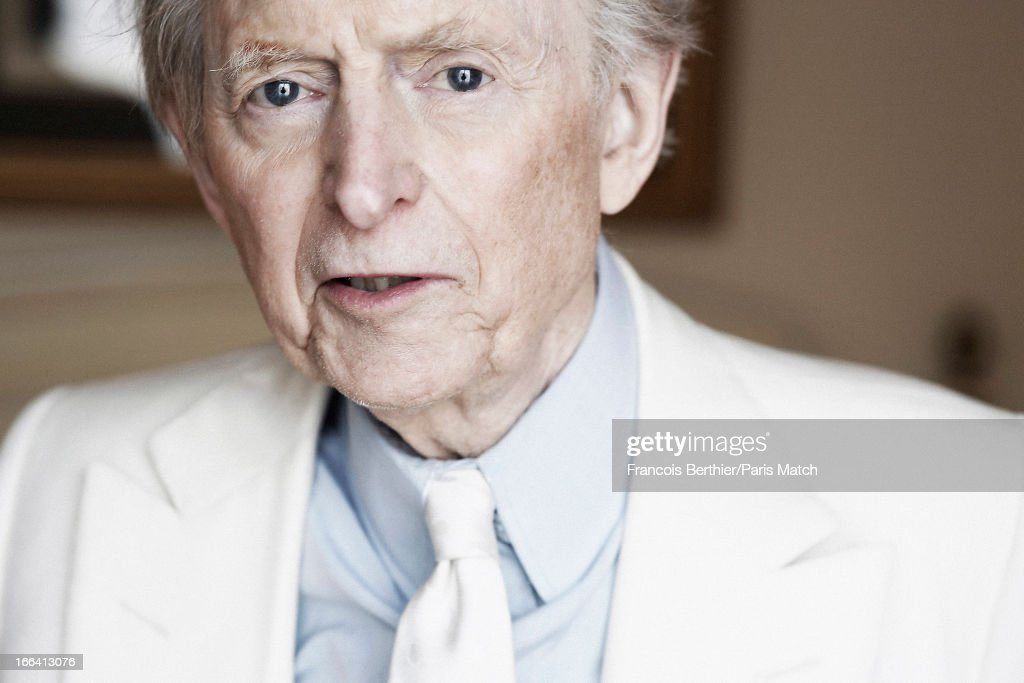 Writer <a gi-track='captionPersonalityLinkClicked' href=/galleries/search?phrase=Tom+Wolfe+-+Escritor&family=editorial&specificpeople=13712137 ng-click='$event.stopPropagation()'>Tom Wolfe</a> is photographed for Paris Match on March 29, 2013 in London, England.