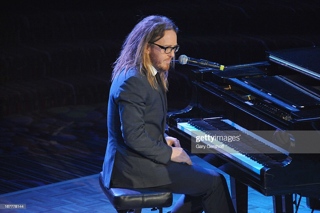 Writer/composer <a gi-track='captionPersonalityLinkClicked' href=/galleries/search?phrase=Tim+Minchin&family=editorial&specificpeople=2244352 ng-click='$event.stopPropagation()'>Tim Minchin</a> performs on stage at the 2013 Actors Fund Gala at the Marriott Marquis Hotel on April 29, 2013 in New York City.
