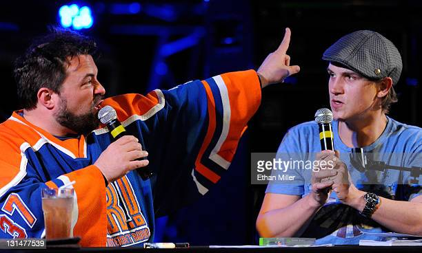 Writer/director Kevin Smith and actor Jason Mewes perform their comedy podcast 'Jay Silent Bob Get Old' at the Hard Rock Cafe on the Strip November 4...
